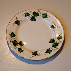 Colclough Ivy Leaf Bone China Round Side Tea Plates Vintage