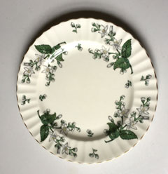 Royal Worcester Valencia 9.5 inch dinner plate