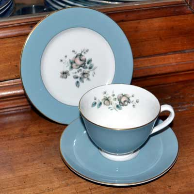 Royal Doulton Rose Elegans TC1010 tea cup trio